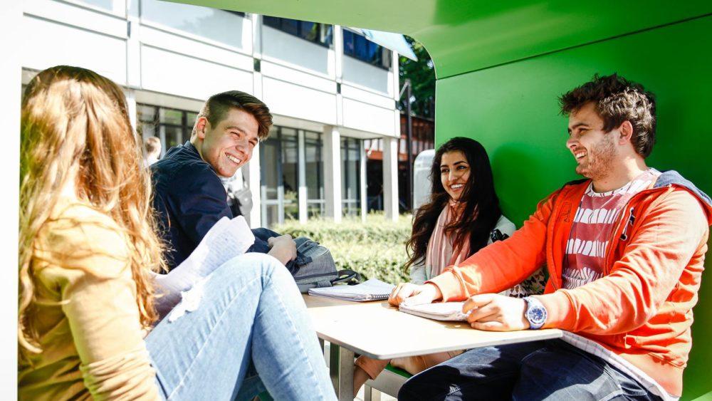 application dead line dutch university