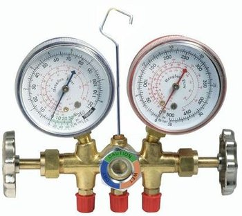the application pressure gauge shows how much air pressure you